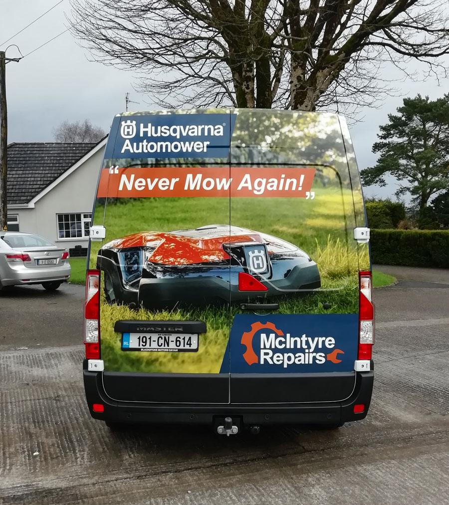 mover van wrap design